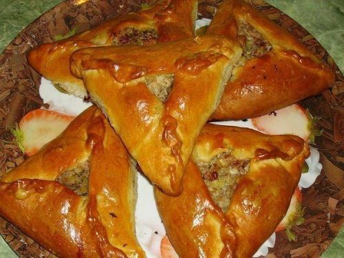 Татарские треугольные пирожки. УЧПОЧМАКИ (татарские треугольные пирожки)