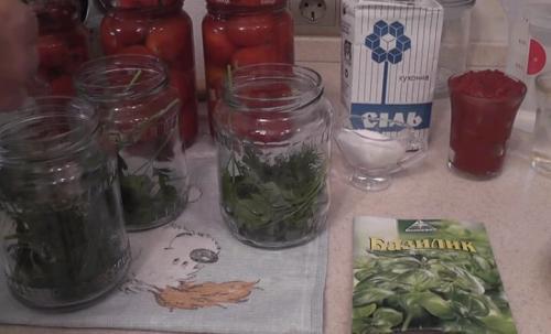 Салат огурцы в томате на зиму обалденный рецепт. Огурцы в томате на зиму — обалденный рецепт «Пальчики оближешь»
