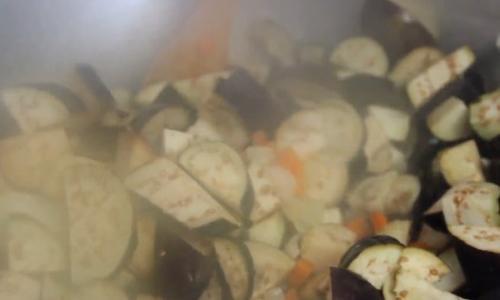 Салаты на зиму из баклажанов. Салат из баклажанов на зиму