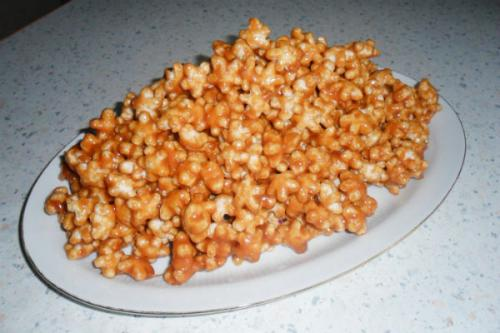 Чак чак из кукурузных палочек с медом. Торты и пирожные из кукурузных палочек