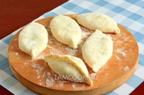 Пирожки на кефире с капустой. Пирожки с капустой на кефире (на сковороде)