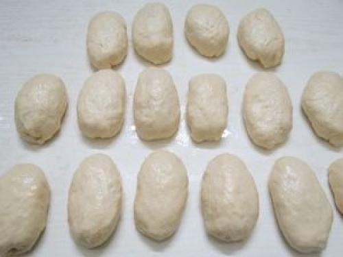 Быстрые пирожки на кефире готовятся моментально в духовке. Как приготовить пирожки на кефирной основе?