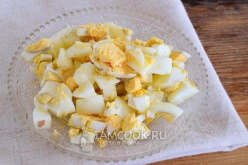Салат одуванчик с ветчиной и сыром. Салат «Одуванчик» с кукурузой