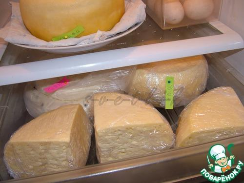 Домашний твердый сыр с дырками. Приготовление