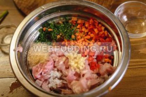 Заливная колбаса из курицы. Ингредиенты