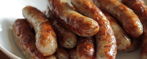 Колбаски для жарки в духовке. Как приготовить колбаски в духовке: рецепты и советы