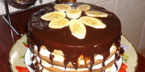 Банановый торт легкий рецепт. Со сметаной