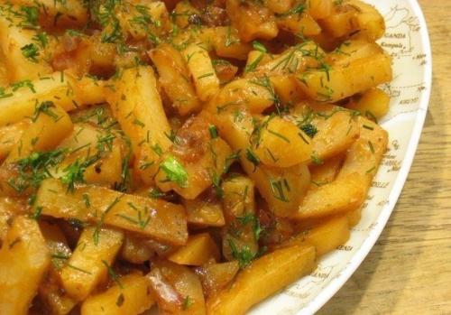 """Картошка в мультиварке на режиме ВЫПЕЧКА. Вкусная картошка в мультиварке на режиме """"Выпечка""""."""