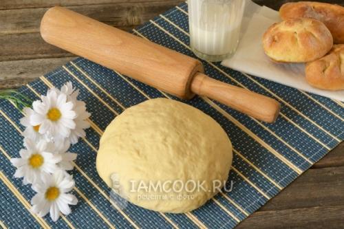 Тесто на кефире для пирогов в духовке. Тесто на кефире для пирожков в духовке