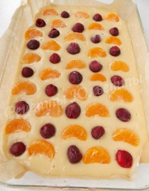 Пирог с фруктами на минералке. Ингредиенты: