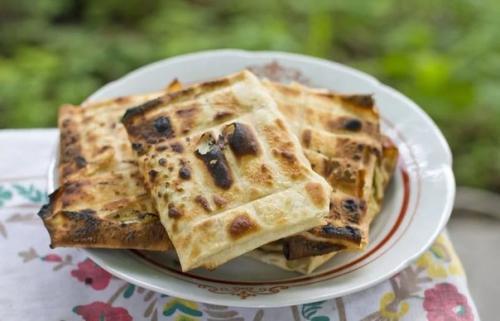 ЛАВАШ на мангале с сыром. Закуски для пикника: топ - 3 рецепта из лаваша на мангале на любой вкус.