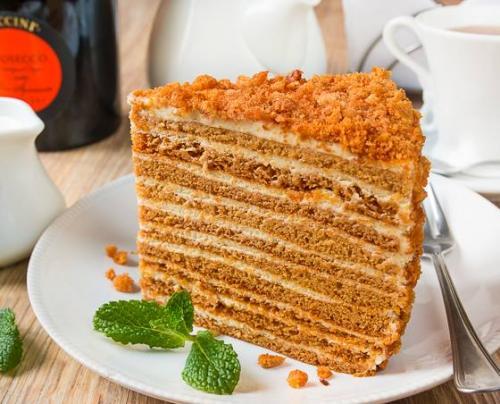 """Медовик ателье вкусный блог. Медовик """"Ателье"""".   Данный медовик затмил собой все варианты этого торта, которые были приготовлены раньше."""