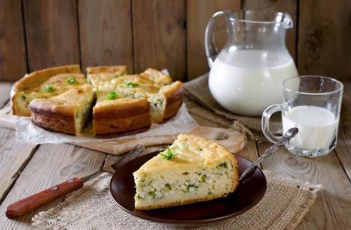Пирог заливной. Самый простой рецепт заливного пирога с рисом, яйцом и зеленью.