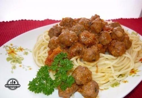 Фрикадельки с спагетти. Спагетти с фрикадельками.