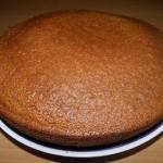 Манник.  Это очень простой и вкусный пирог, который фактически готовится из подручных продуктов.