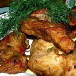 Мясо в имбирно - медовом соусе с чесноком и коньяком.