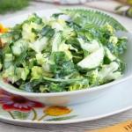 Зеленый салат без майонеза.