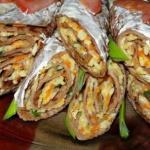Тонкие очень вкусные печёночные блинчики с начинкой.