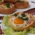 Закусочные булочки - быстрый и сытный завтрак.