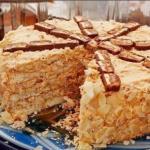 Торт сникерс?   Уникальнейший по вкусу и простой, беспроигрышный торт.