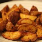 """Картофель """"Айдахо"""".  Популярное американское блюдо - печеная картошка с хрустящей корочкой."""