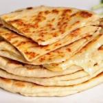 Ленивые хачапури.  Простой рецепт хачапури с пошаговыми фотографиями.