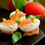 Фаршированные яйца.  26 вариантов для начинки: