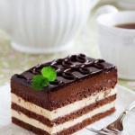 """Торт """"Опера"""".   Этот рецепт больше всего привлек меня отсутствием сливочного масла в кремах."""