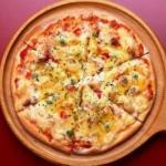 Пицца.  Рецепт очень классной и быстрой пиццы, которую можно готовить как на сковороде так и в духовке!