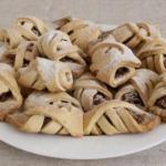 Рецепт печенья с яблоками и орехами: пальчики оближешь!