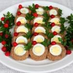 Печеночный паштет с яйцами.