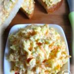 Закуска из плавленого сырка, моркови и яиц.