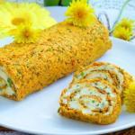 Морковный рулет с сырной начинкой.