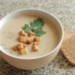 Сырный крем - суп с курицей.