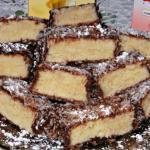 Очень вкусное, нежное, кокосовое, мягкое и тающее во рту пирожное.
