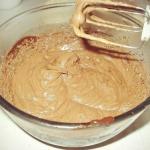 """Крем """"Ганаш"""" для тортов и пирожных."""