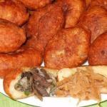 Творожные пирожки с грибами и с капустой (такие пирожки долго не черствеют).