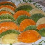 Цветное тесто для пельменей и необычные начинки!