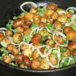 Блюда из молодой картошки: три вкусных рецепта.