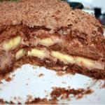 Шоколадно - банановый торт из пряников.