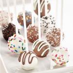 Кейк - попсы. Очень необычный и вкусный рецепт домашнего десерта - кейк - попсы!