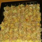 Куриный шашлык с картофелем в духовке.