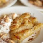 Десерт из запеченных бананов - очень вкусно и просто.