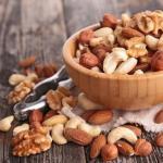 Как правильно хранить очищенные орехи.