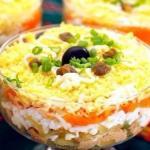 Топ - 4 рецептов самых вкусных слоеных салатов?