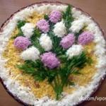 9 самых вкусных и необычно оформленных салатов к праздничному столу!