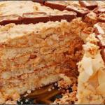 Торт сникерс.  Уникальнейший по вкусу и простой, беспроигрышный торт.