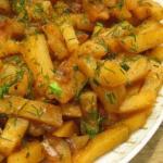 """Картошка в мультиварке. Вкусная картошка в мультиварке на режиме """"Выпечка""""."""