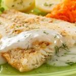 Рыбка в пикантном соусе.