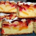 Пирог сливово - персиковый.